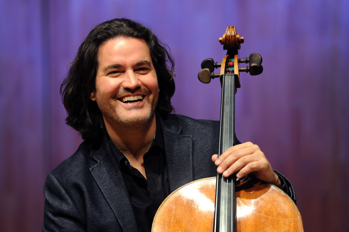 Cellist Zuill Bailey (Erik Hill / Alaska Dispatch News)
