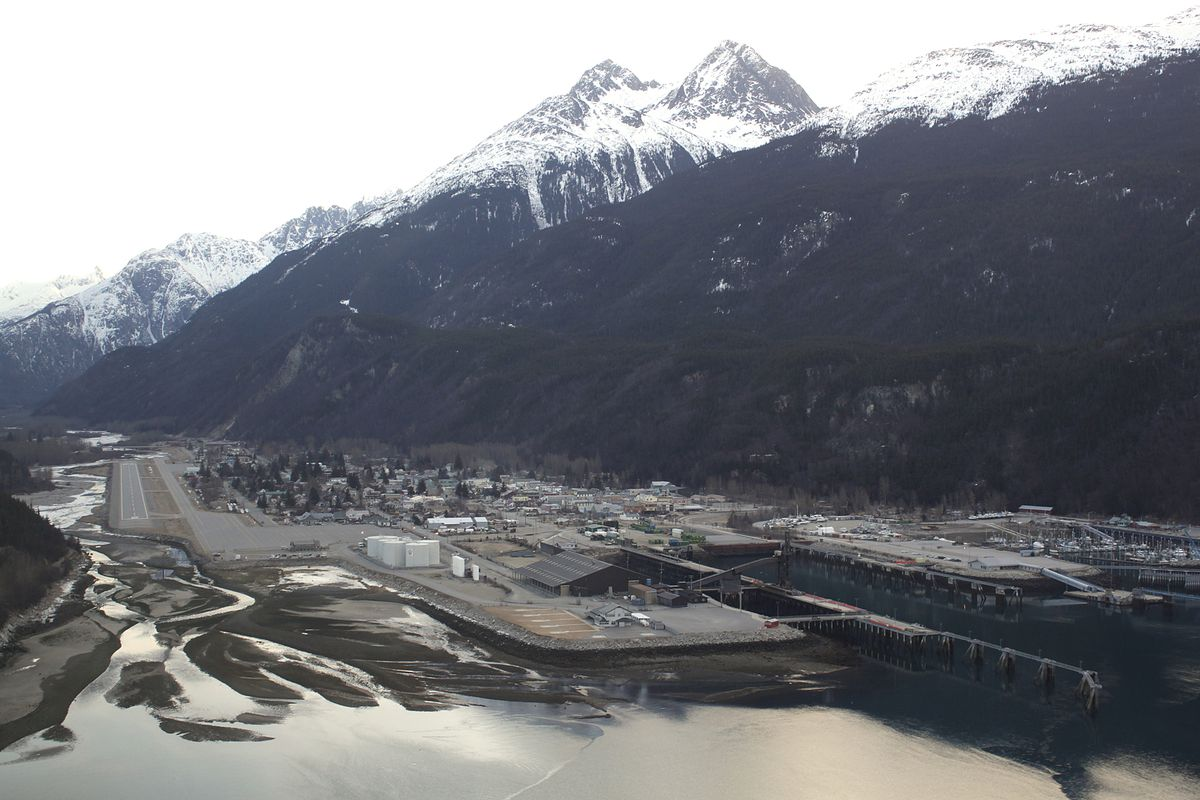 Skagway, Alaska, is a port city nearly entirely dependent upon cruise ship tourism. (James Brooks/Capital City Weekly via AP, File)