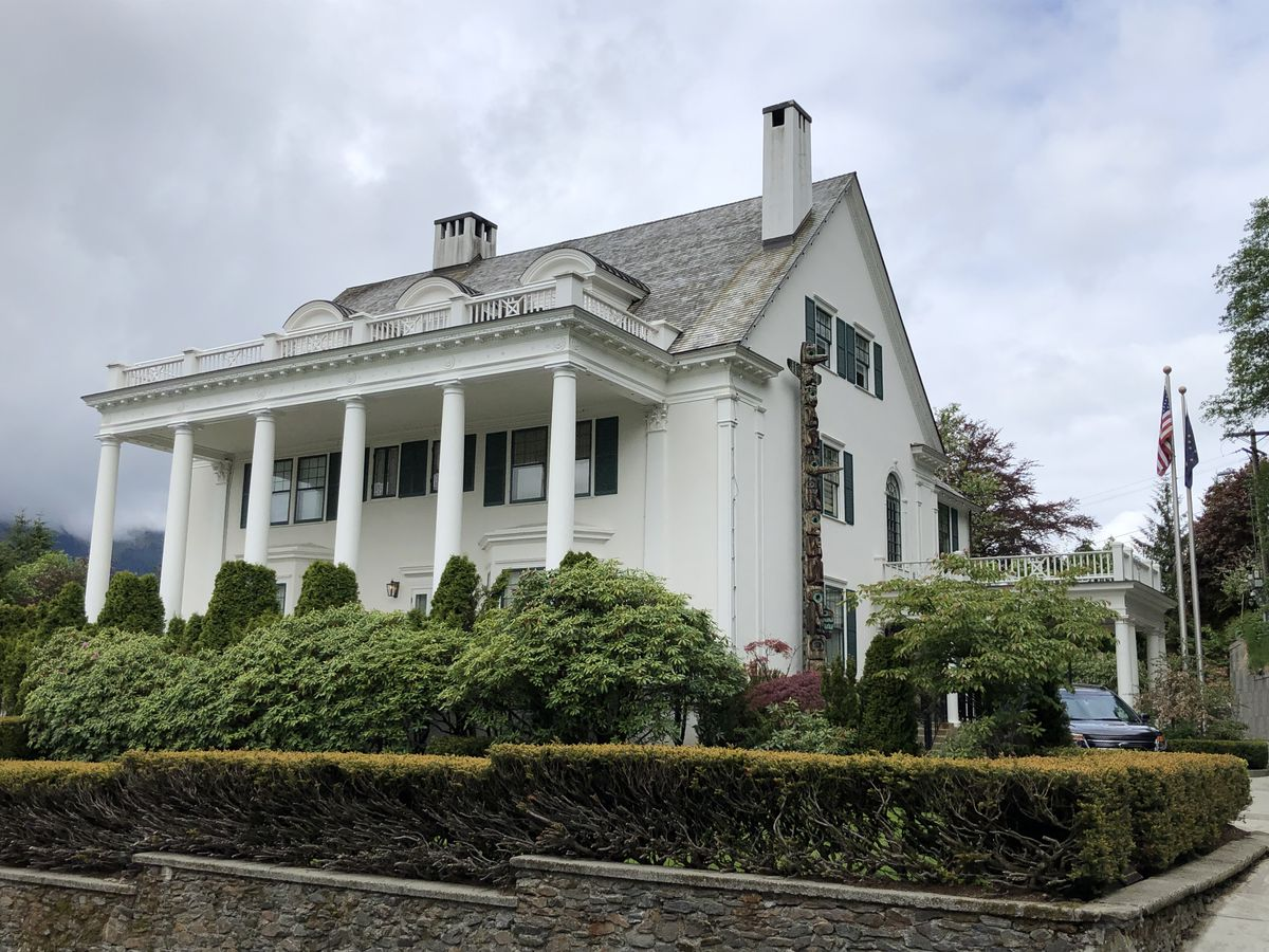 Alaska's governor's mansion is seen Friday, May 24, 2019. (James Brooks / ADN)