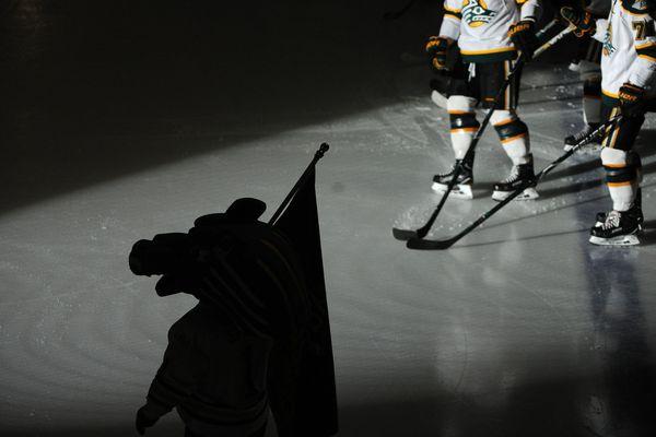 UAA takes on the University of Alabama-Huntsville in hockey action at the Sullivan Arena in Anchorage, Alaska on Friday, Jan. 12, 2018. (Bob Hallinen / ADN)