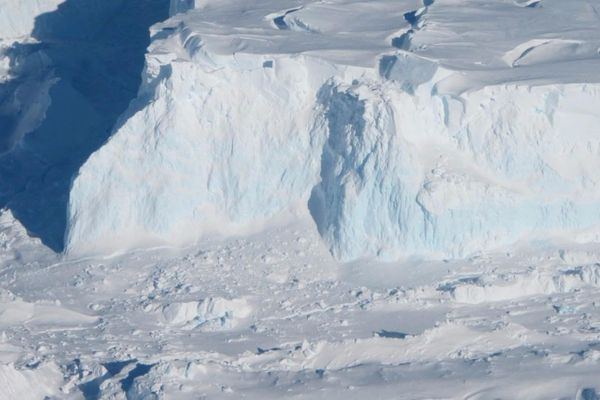 An edge of the Thwaites Ice Shelf. MUST CREDIT: NASA photograph by Jim Yungel.
