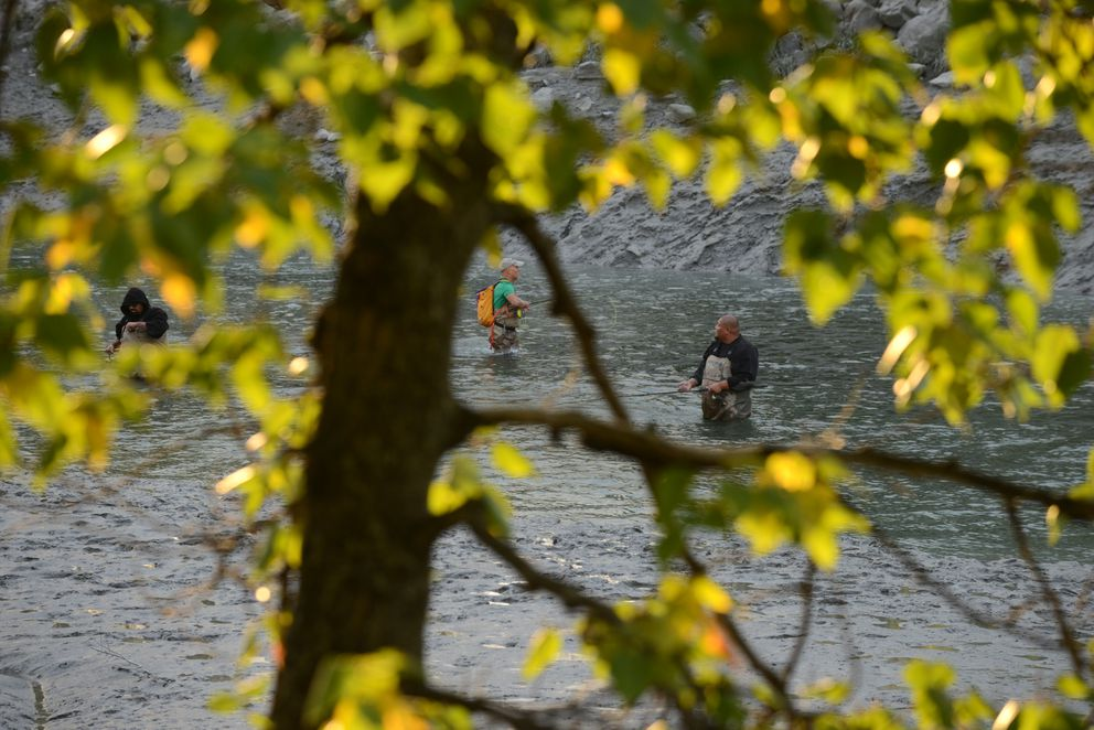 Fishermen castfor coho salmon. (Bob Hallinen / ADN)