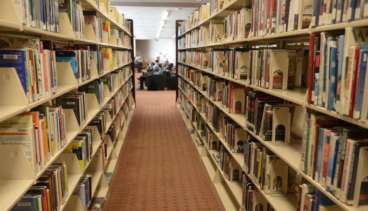 The Loussac Library in Anchorage. (Bob Hallinen / ADN archive)