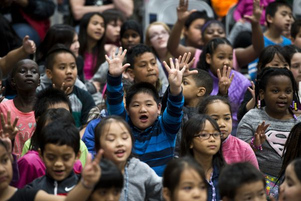 Students enjoy the Mountain View Elementary School talent show on April 26, 2018. (Marc Lester / ADN)