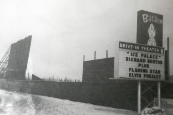 Billiken Drive-in Theater on Thanksgiving 1963. (Photo by Ed Sharp)