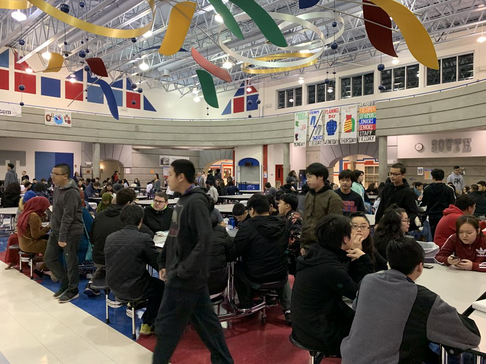 Hundreds of students return to East High School on Monday. It was their first day of school since the 7.0 earthquake rattled their classrooms on Nov. 30. (Tegan Hanlon / ADN)