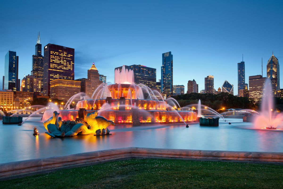 Buckingham Fountain in Grant Park, Chicago. (Getty Images)
