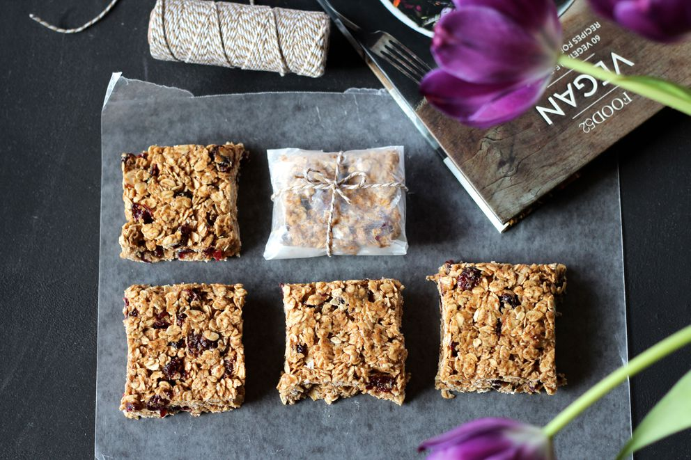 Granola bars with almond butter and dried cranberries