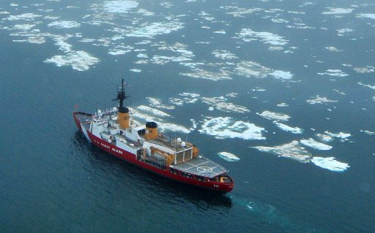 The Coast Guard Cutter Polar Star, a heavy icebreaker, cruises on the ice edge of the Chukchi Sea north of Wainwright, Alaska, in July 2013. (Petty Officer 1st Class Sara Mooers / U.S. Coast Guard)