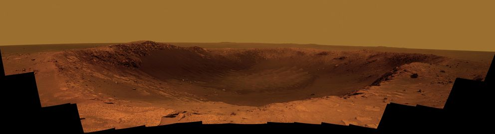 """A Martian crater called """"Santa Maria"""" is seen in this image released by NASA January 20, 2011. REUTERS/NASA/JPL-Caltech/Cornell/ASU/Handout"""