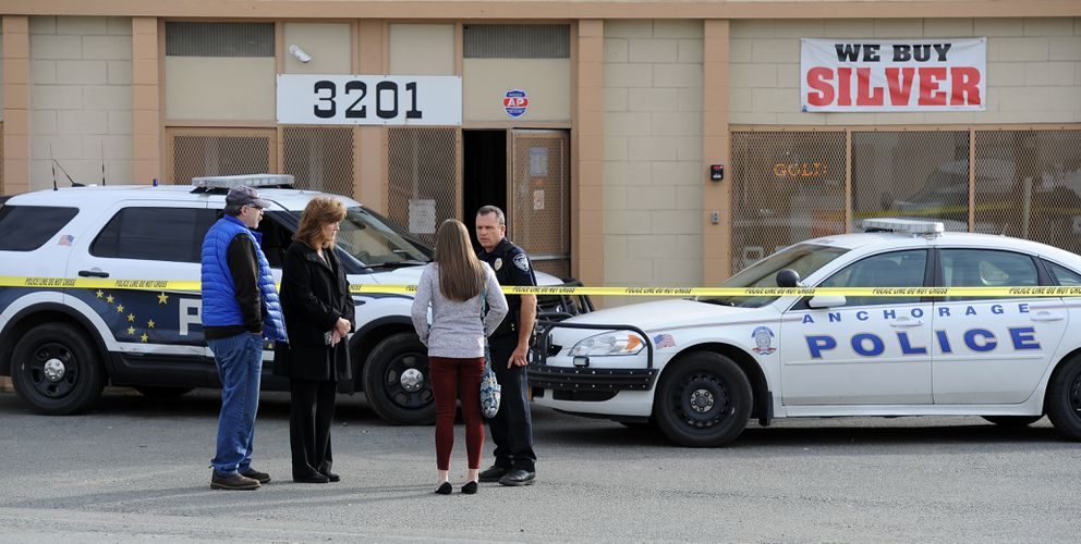 Triple-murder suspect started fight with shop owner before ...