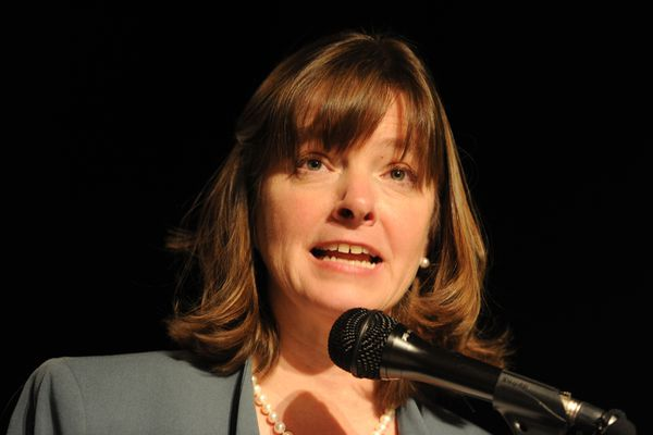 Education advocate Alyse Galvin announced her candidacy for Congress during a campaign launch event at the 49th State Brewing Co. in Anchorage on Thursday, Jan. 11, 2018. (Bill Roth / ADN)