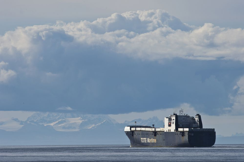 A TOTE Maritime shipping vessel departs the Port of Anchorage and heads into Cook Inlet on on September 19, 2017. (Marc Lester / Alaska Dispatch News)