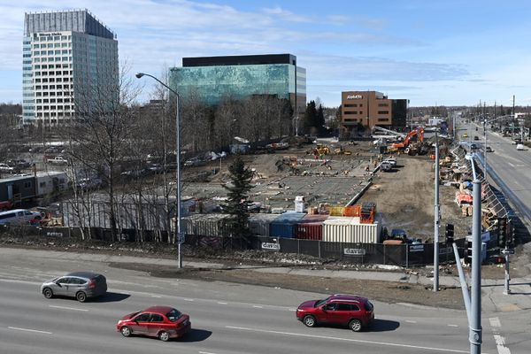 Construction work continues on the Aloft Hotel at 36th Avenue and C Street on Tuesday, April 20, 2021. (Bill Roth / ADN)