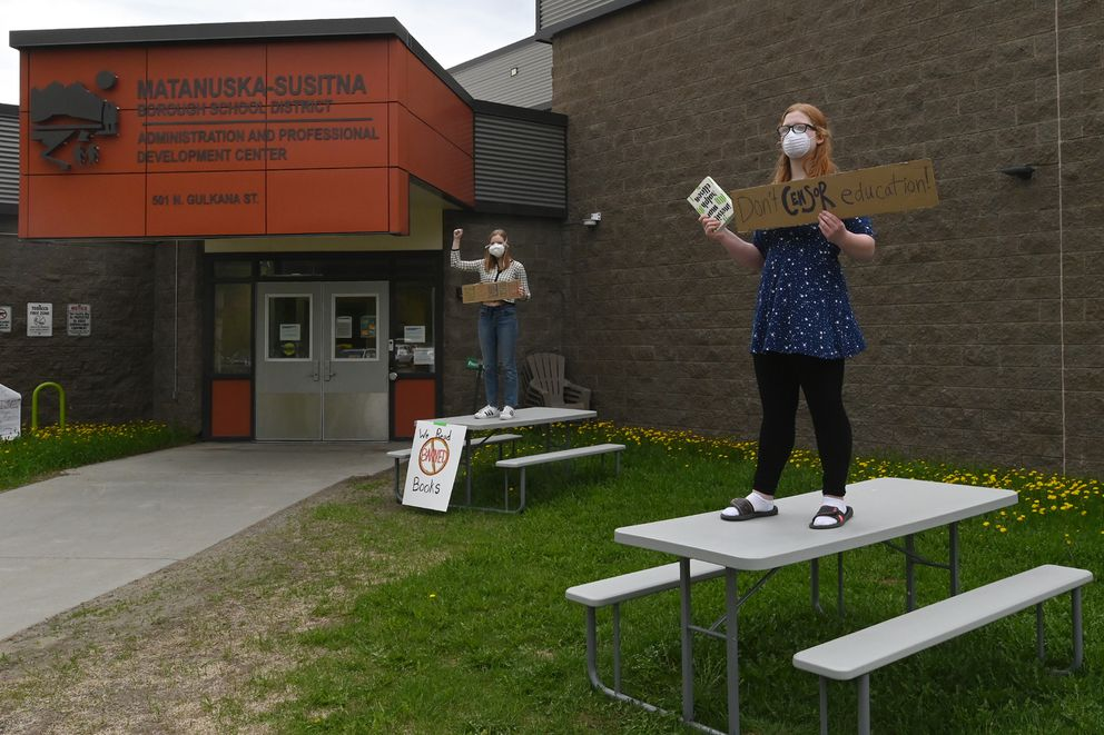 A rally was held outside the Matanuska-Susitna School Board meeting on Wednesday, May 20, 2020. (Bill Roth / ADN)