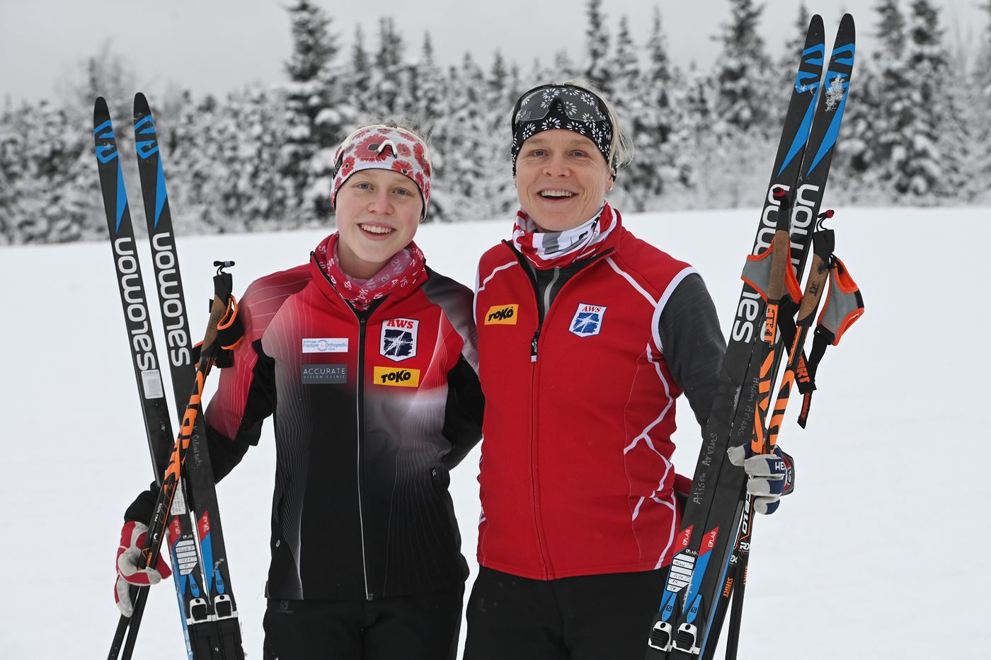 Meredith Schwartz, 16, and her mother Alison Arians, 50, before a nordic ski team practice at Service High. (Bill Roth / ADN)