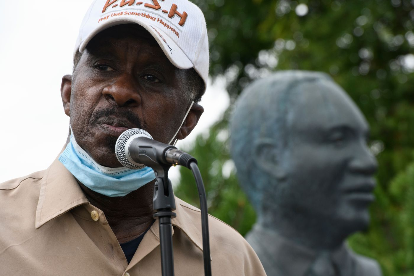 Rev. Alonzo Patterson speaks at the Martin Luther King Jr. memorial on the Delaney Park Strip at the conclusion of the event. (Marc Lester / ADN)
