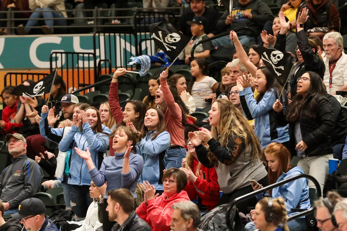 Valdez fans cheer a basket at last year's Class 3A state basketball tournament at the Alaska Airlines Center. (Loren Holmes / ADN)